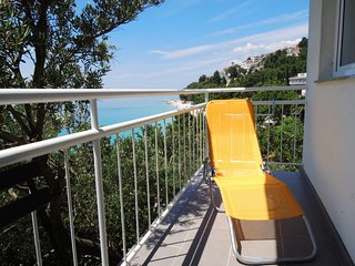 SunnySaltyBreasy|Apartment Akvamarin|Baska Voda