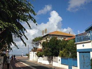 Photo rue conduisant au Front de Mer