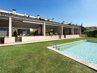 Family house with terraces, and private garden with barbecue, communal pool
