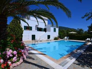 Villa Dina Chalikounas