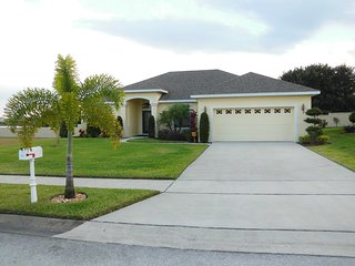Saltwater Pool Villa Next to Legoland and Near All Disney Attractions, Winter Haven
