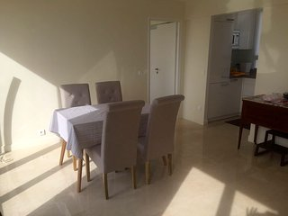 Apartamento nuevo, lujoso, todas las comodidades, muy luminoso, exterior