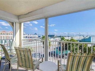 #305 Beach Place Condos