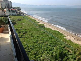 Beach front, 6th floor, 3 bedroom condo with wraparound balcony & beach access