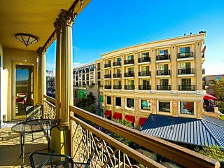 Americana PRIME 2Bdrm/2bath suite with fountain view!