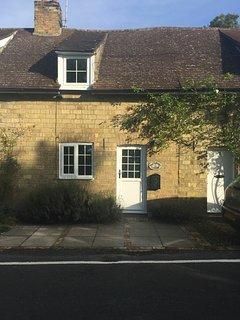 Dollydrops Cottage