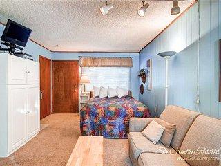 Park Meadows Lodge 3A by Ski Country Resorts, Breckenridge