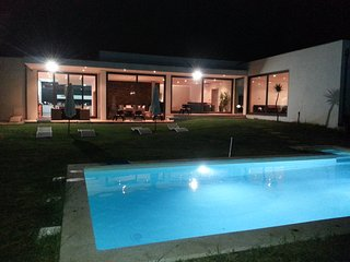 Luxurious House / Private Pool / Wifi / 20min. from Porto
