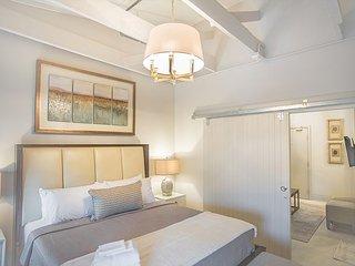 Fully Restored Two Bedroom Loft, Savannah