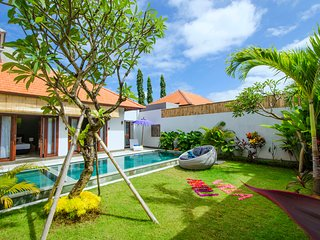 Beautiful and New, Villa Anoli, 3 Bedroom - Center of Seminyak - Kunti one.