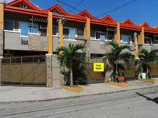 Clean & Spacious 3 Storey Townhouse!, Angeles City