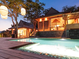 Waterfront luxury villa for 10, with maid and cook, Cape Panwa