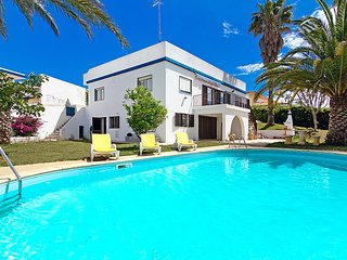 5 bedroom Villa in Portimao, Faro, Portugal : ref 5057443