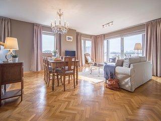 Sweet Inn Rue Godecharle - Beautiful penthouse next to the EU Parliament, Ixelles