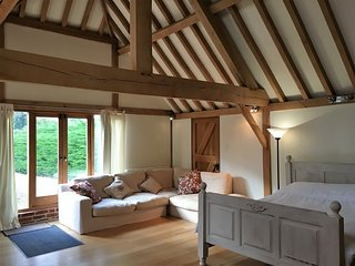 Beautiful barn conversion holiday rental, New Forest, Fordingbridge