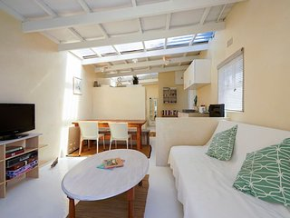Surf accomodation Cape Town- Dreamtime Cottage
