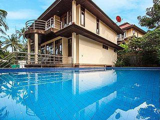 Beachfront 3 bedroom villa, Plai Laem
