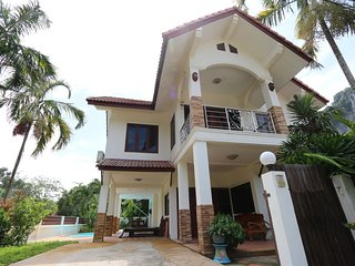 Chalay villa ,private pool, 5 min to aonang beach