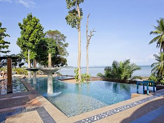 Krabi Beachfront Resort Oceanside Suite No.601 | 1 Bed Home, Railay Beach
