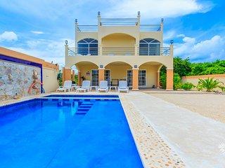 Villa De Paz Isla, Isla Mujeres