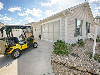 Golf Cart. Duval. Close to Lake Sumter Landing.Gas BBQ.