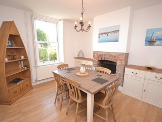Gorse Terrace - Sleeps 6 - Close to Chichester