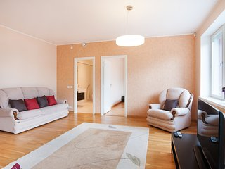 luxury hotel style suite apartment 5 minute walk from the old town, Tallinn
