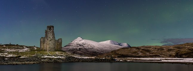 Northern lights in Lochinver and Assynt.  Ardvreck castle.