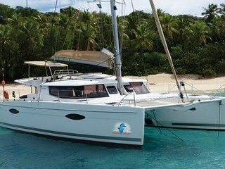 2014 44' Helio Fountaine Pajot Sleeps 6!, Road Town