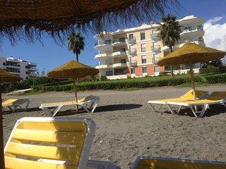 APARTMENT LOPA      Seafront  El Penoncillo