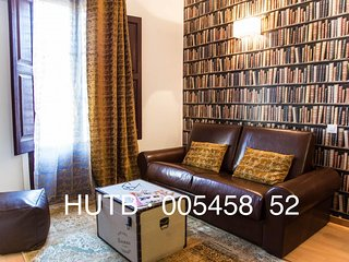 Antiquario III apartment in Eixample Esquerra with WiFi, airconditioning & lift., Barcellona