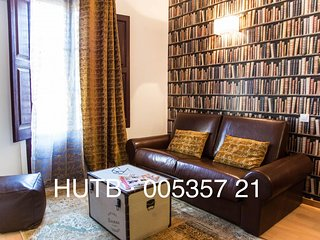 Antiquario IV apartment in Eixample Esquerra with WiFi, airconditioning & lift.