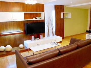 Spacious 3 Bedroom Apartment in Recoleta
