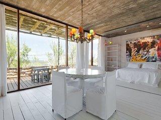 Stunning House in Manantiales, Punta del Este