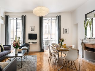 Chic 2 Bedroom Apartment Close to Luxembourg Garden, Paris