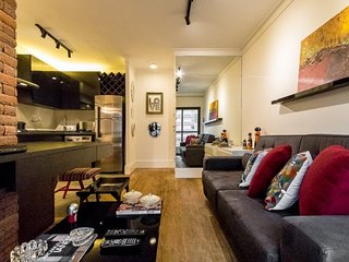 Modern 1 Bedroom Apartment in the Heart of Jardins, Sao Paulo