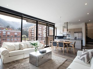 Divine 4 Bedroom Penthouse in the Heart of Parque 93, Bogotá