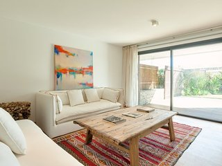 Beautiful 3 Bedroom Beachside Apartment in Manantiales, Punta del Este