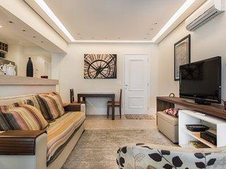 Modern 2 Bedroom Apartment in Brooklin, São Paulo