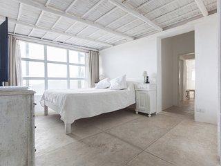 3 Bedroom Apartment with Stunning Coastline Views in La Barra, Punta del Este