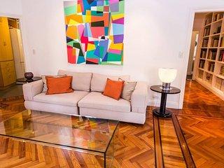 Classic  1 Bedroom Apartment in Recoleta, Buenos Aires