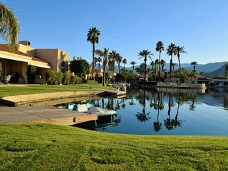 Wonderful Water front Oasis with Southern Mountain views! Lake Mirage Racquet Cl