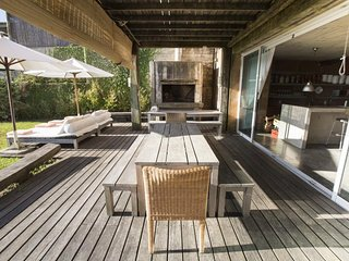 Rustic Chic 5 Bedroom Home in Jose Ignacio