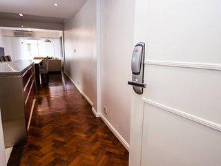 Impeccable 2 Bedroom Apartment In Recoleta