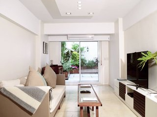Modern 1 Bedroom Apartment with Large Terrace in Recoleta
