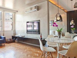 Funky 1 Bedroom Apartment in Leblon