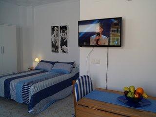 Acogedor estudio en el centro de Oliva muy cerca de la playa