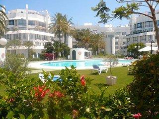duplex con piscina y solarium privados