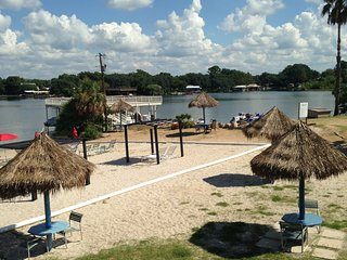 Marble Falls,TX, Lake LBJ Gem, Tropical Hideaway Condo #121, Granite Shoals