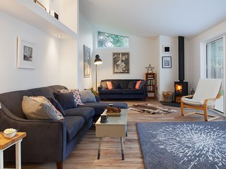 Hygge House - Peaceful, cosy, luxurious living in a brand new Shaldon home!